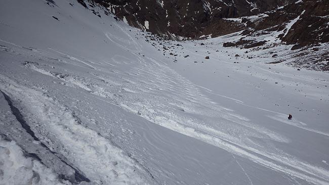 Abfahrt vom Jebel Toubkal - Skitourenreise nach Marokko