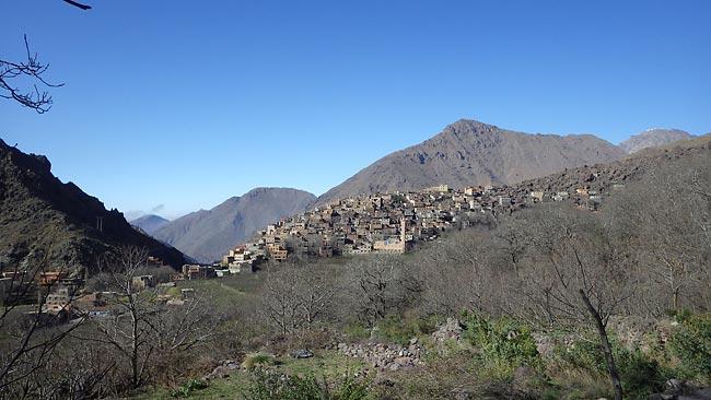 Bergdorf Aroumd im Toubkal Nationalpark - Skitourenreise nach Marokko