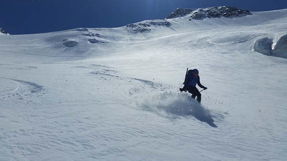 Wilde Abfahrt über den Glacier des Agneaux