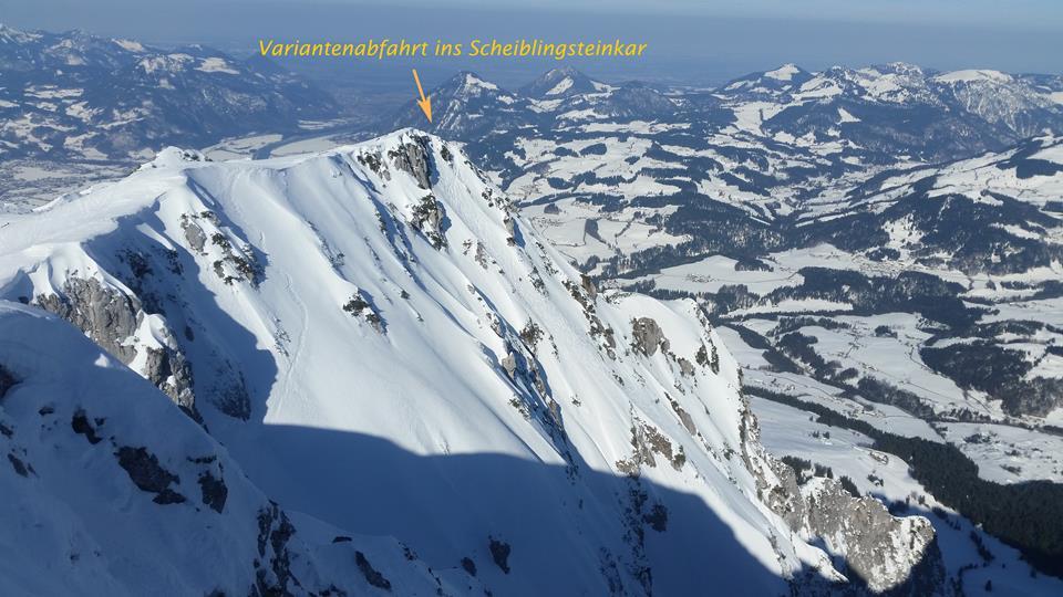 Vom Gipfel der Pyramidenspitze sieht man die Einfahrt zum Scheiblingsteinkar