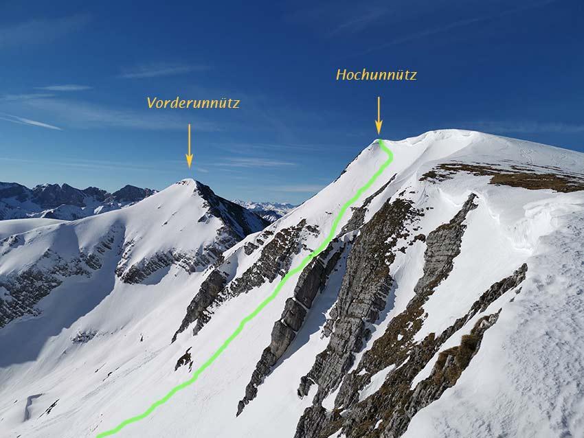 Die grüne Linie markiert die Direktabfahrt vom Gipfel des Hochunnütz