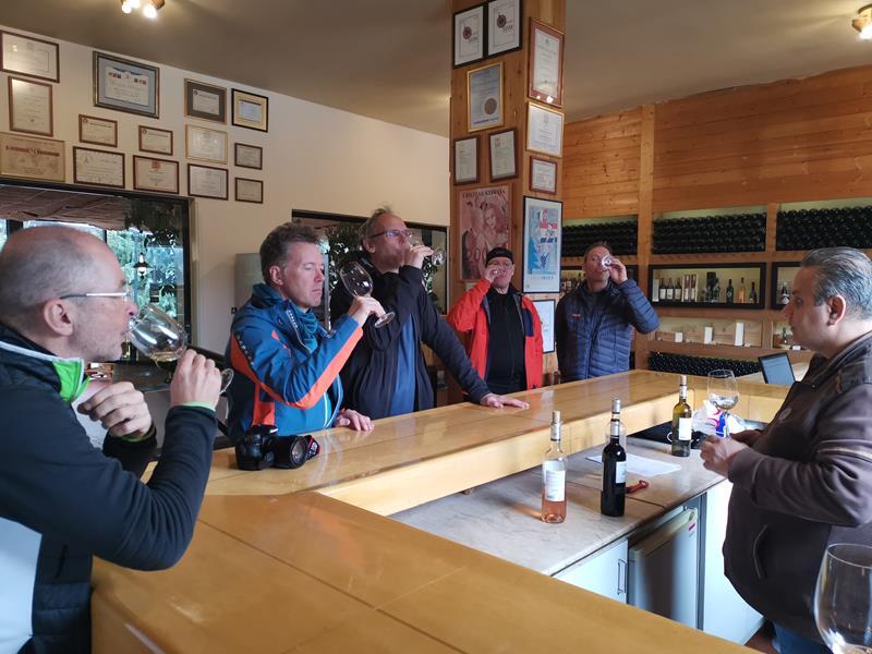 Libanon Skitouren Weinprobe